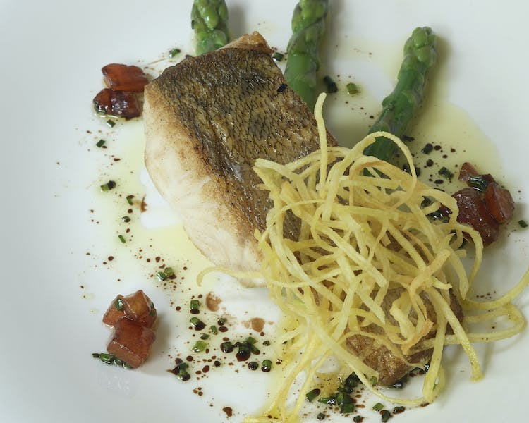 Light Fish dish with green asparagus Hotel-Restaurant Brimer Mullerthal