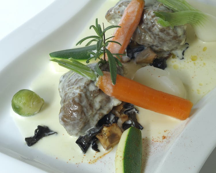 Lamb with seasonal vegetables Hotel-Restaurant Brimer Mullerthal
