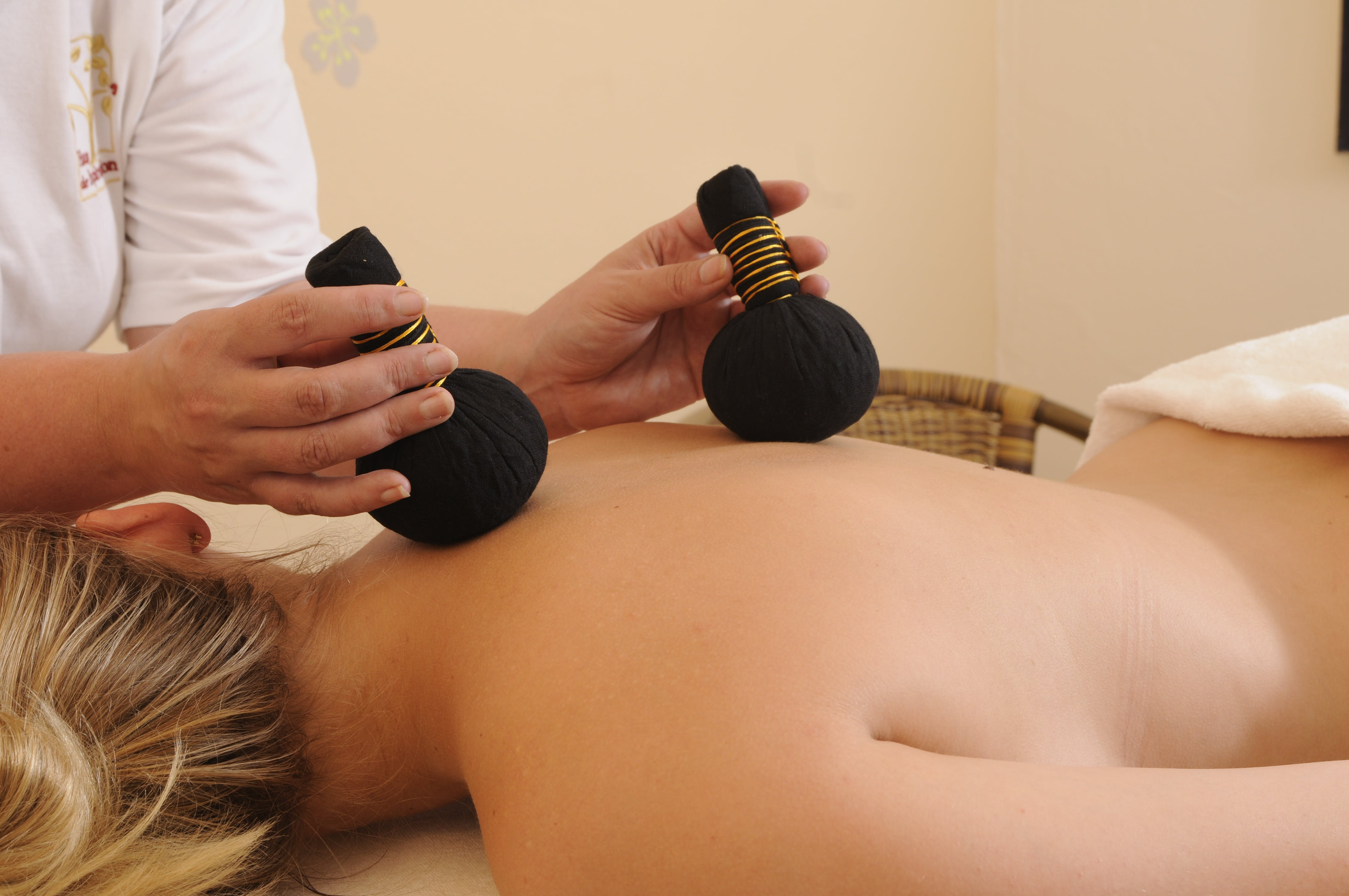 Discover aromatic massage alternatives Brimer Mullerthal