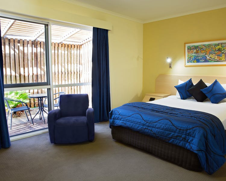 Garden Courtyard Room White Lace Motor Inn Mackay