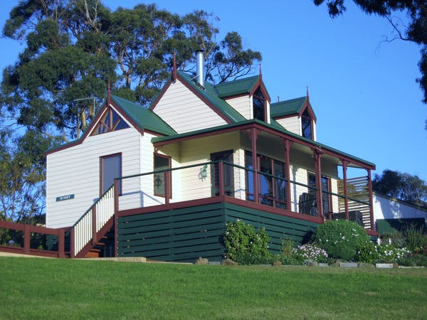 Sunset Cottage front view