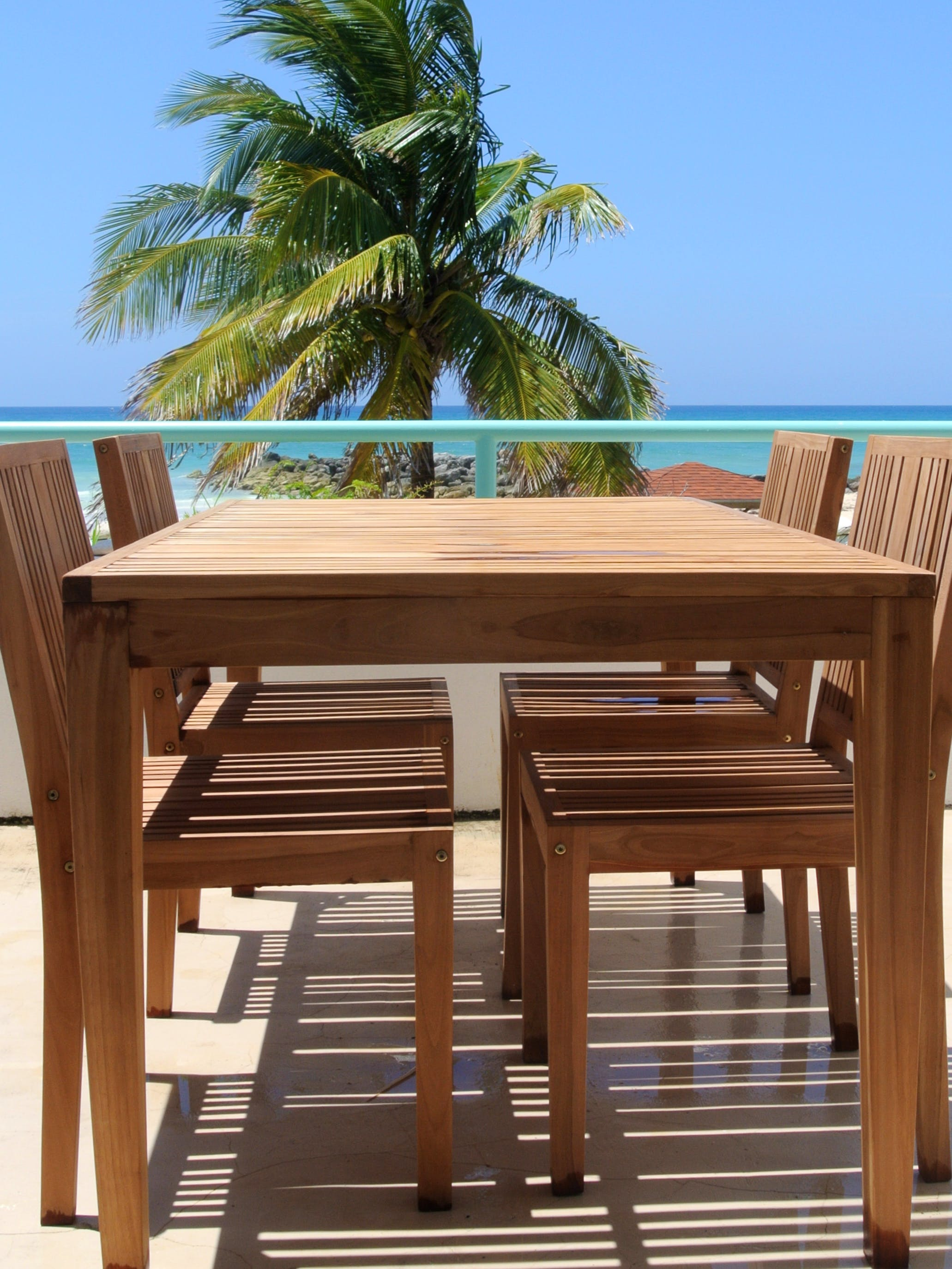 Outside terrace of rental apartment, 2 bed, 1 bath in Grand Bahama