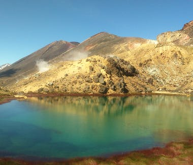 The stunning Blue Lake in Summer on the Tongariro Alpine Crossing.