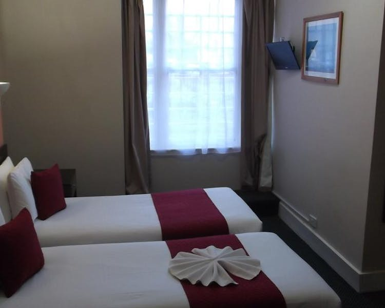Brighton Hotel with twin rooms