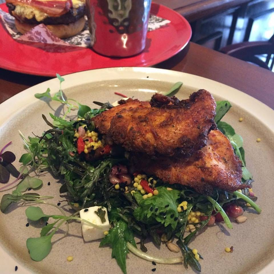 Brogans Warm Chicken Salad Organic Leaves , Cherry Tomatoes, Giant Cous Cous, Pomegranate, Goji Berries, Cocoa Nibs, Toasted