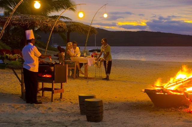 The Havannah, Vanuatu. Award winning Luxury resort  for couples,  romance, weddings and Honeymoon. Beach dining