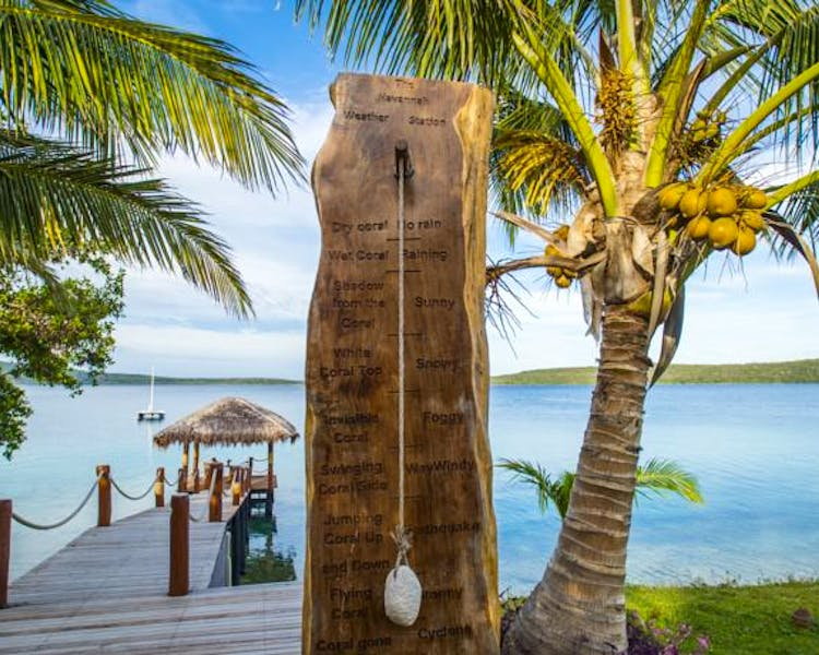 The Havannah, Vanuatu. Award winning Luxury resort  for couples,  romance, weddings and Honeymoon. Weather station