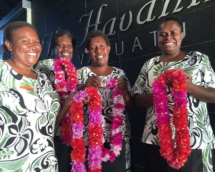The Havannah, Vanuatu. Award winning Luxury resort  for couples,  romance, weddings and Honeymoon. Friendly team