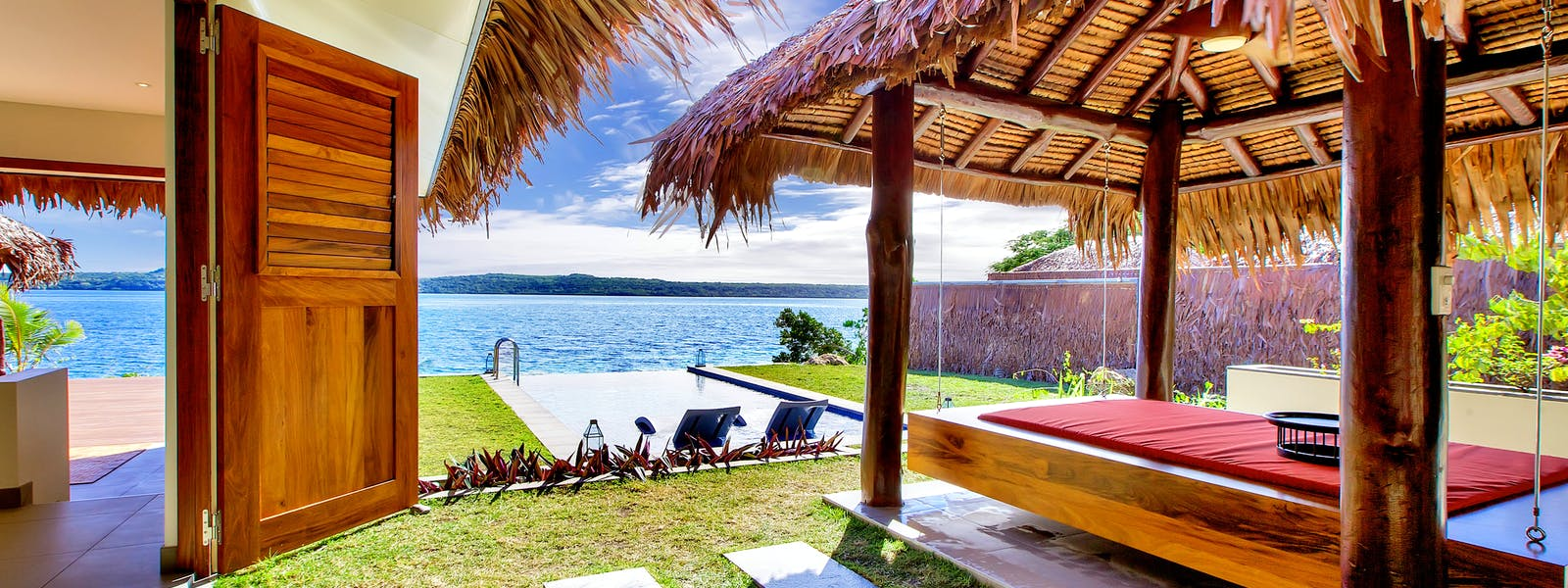 Deluxe Waterfront Villa The Havannah, Vanuatu. Award winning Luxury resort  for couples,  romance, weddings and Honeymoon.