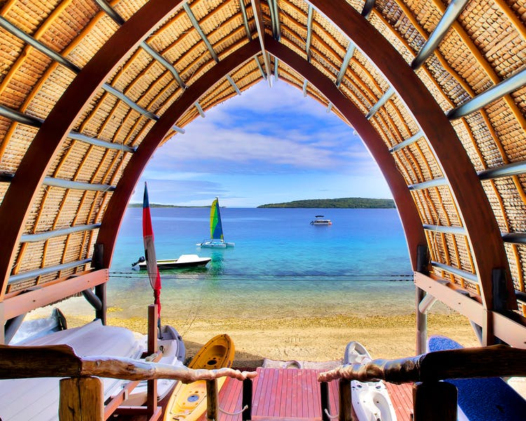 The Havannah, Vanuatu. Award winning Luxury resort  for couples,  romance, weddings and Honeymoon. Water sports Hut