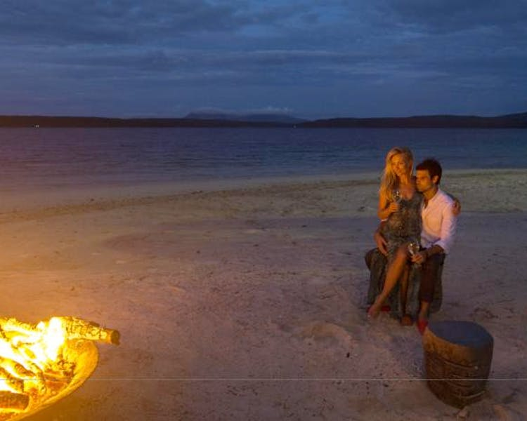 The Havannah, Vanuatu. Award winning Luxury resort  for couples,  romance, weddings and Honeymoon. Beach Fire