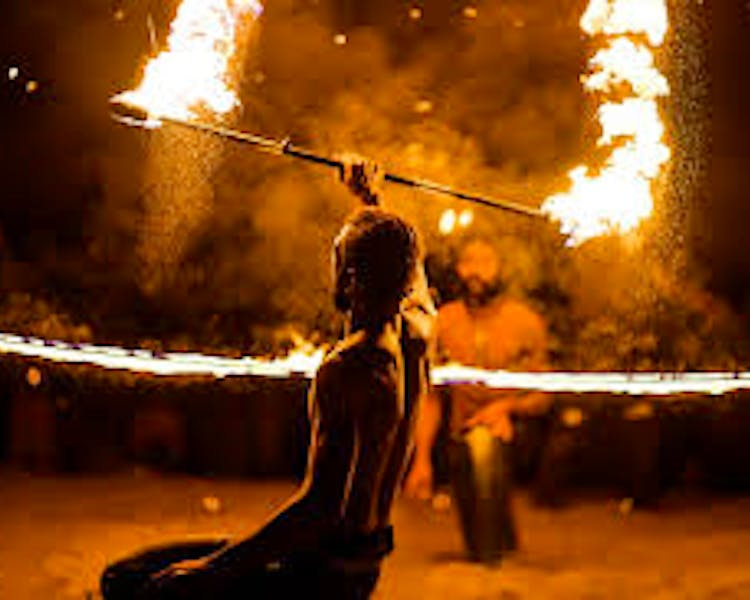 Things to do The Havannah, Vanuatu luxury resort for couples Vanua fire show
