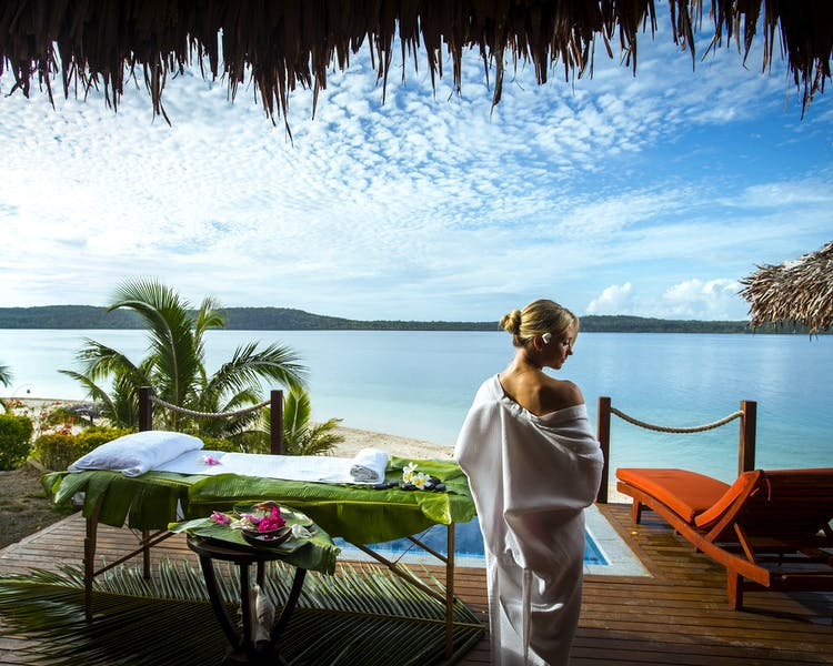 The Havannah, Vanuatu. Award winning Luxury resort  for couples,  romance, weddings and Honeymoon Waterfront Villa
