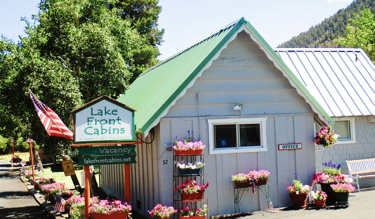 Street entrance Lake Front Cabins.