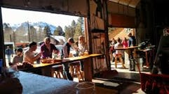 June Lake Brewing, 3 blocks from Lake Front Cabins