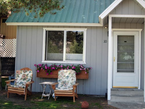 Studio lake front cabins for Lakefront cabins june lake