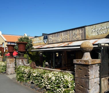 Smugglers Pub and Restaurant