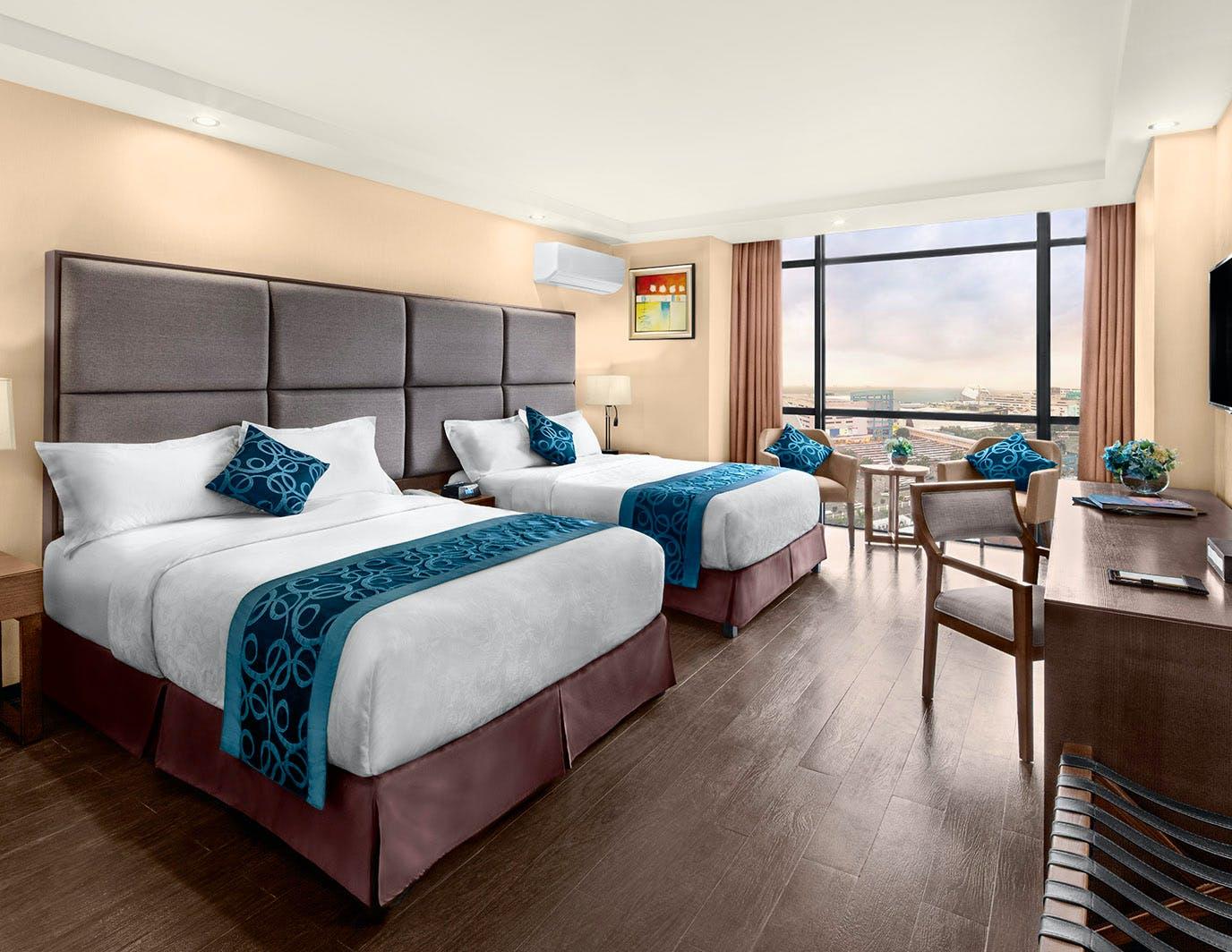 Deluxe Twin Room Golden Phoenix Hotel Manila