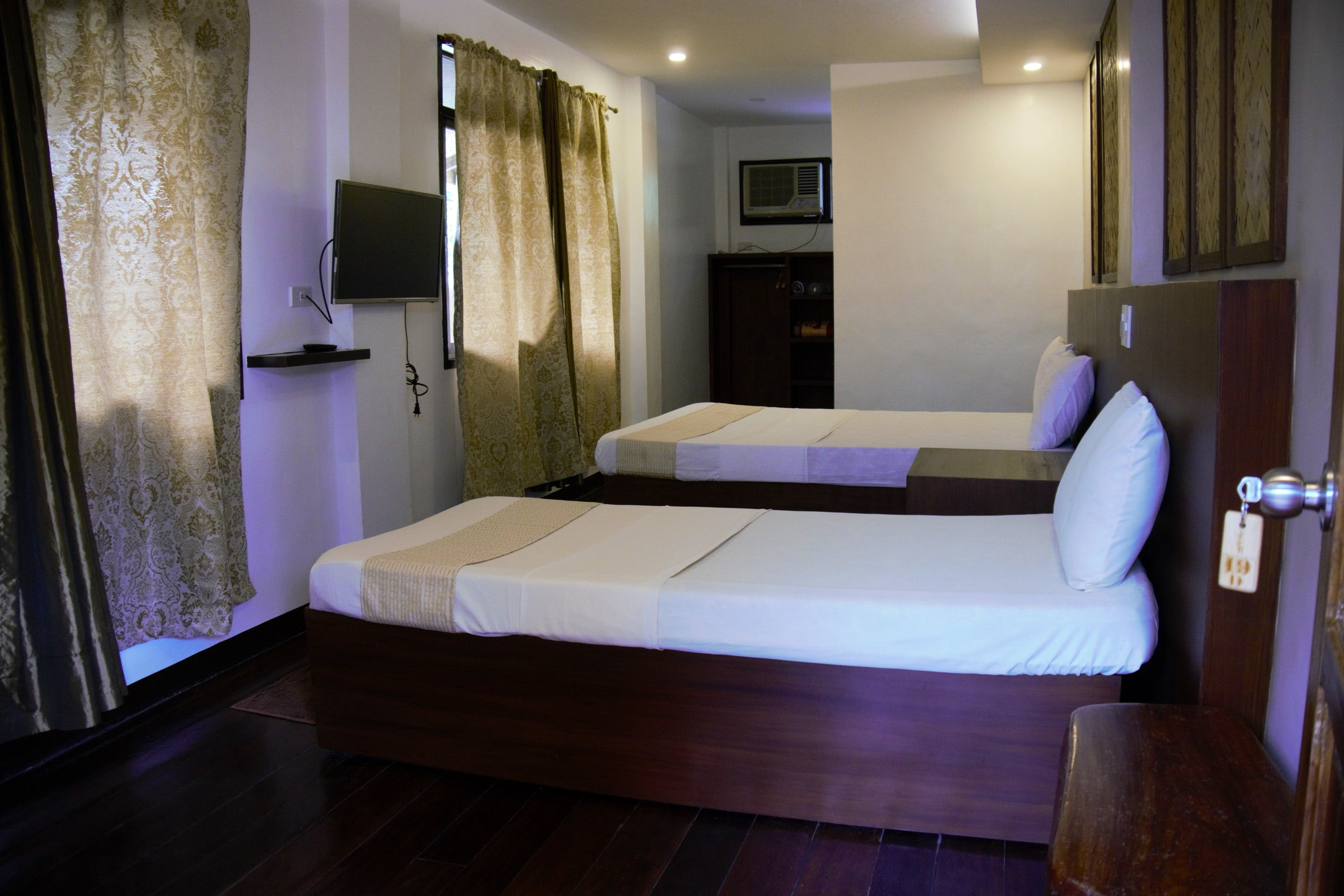 Deluxe Rooms interior