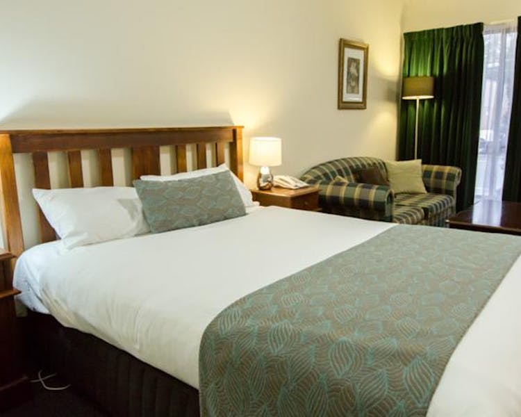 Ballarat accommodation – Executive queen room
