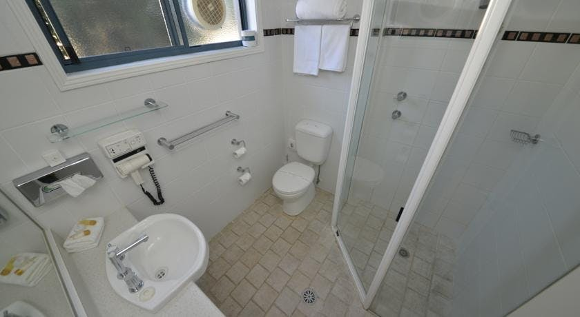 Ensuite in all rooms