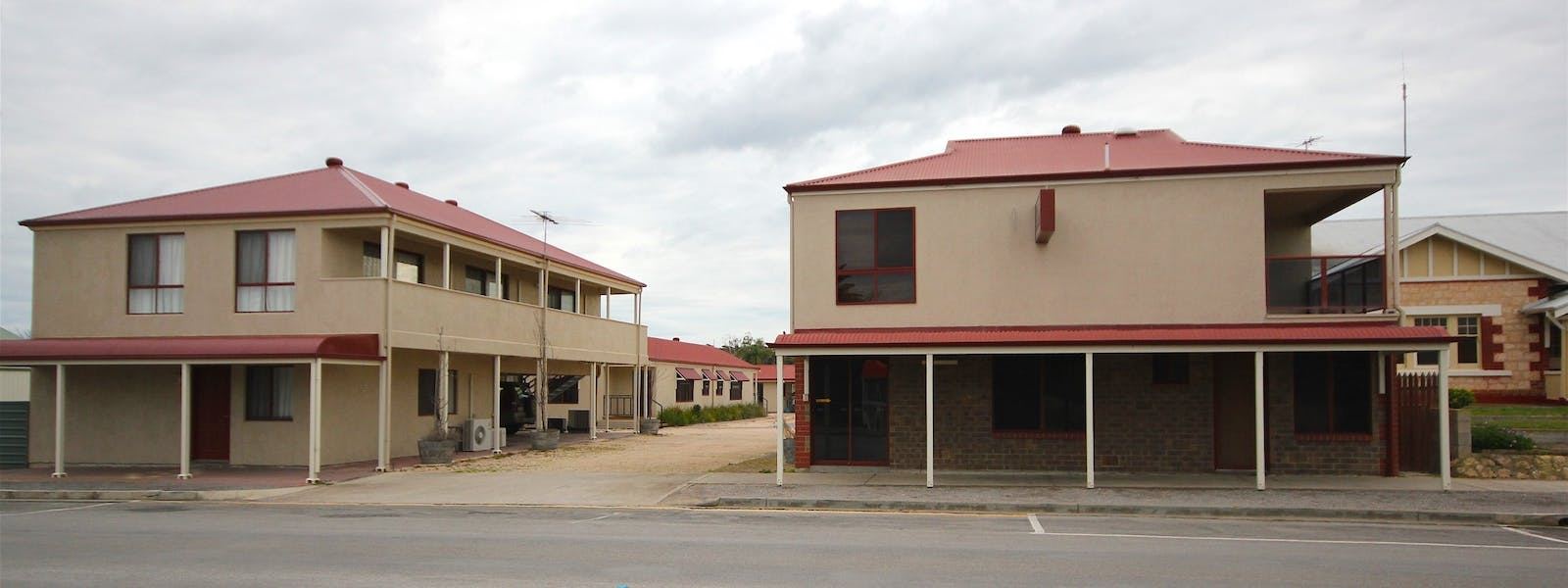 Port Vincent Motel & Apartments Front