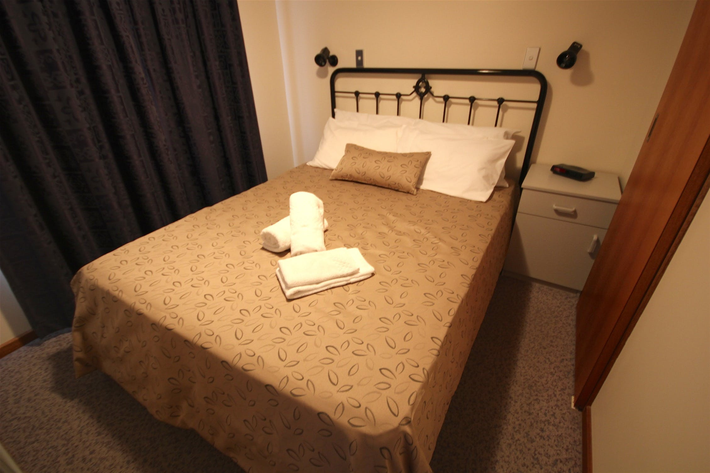 Standard Cabin Main Bedroom