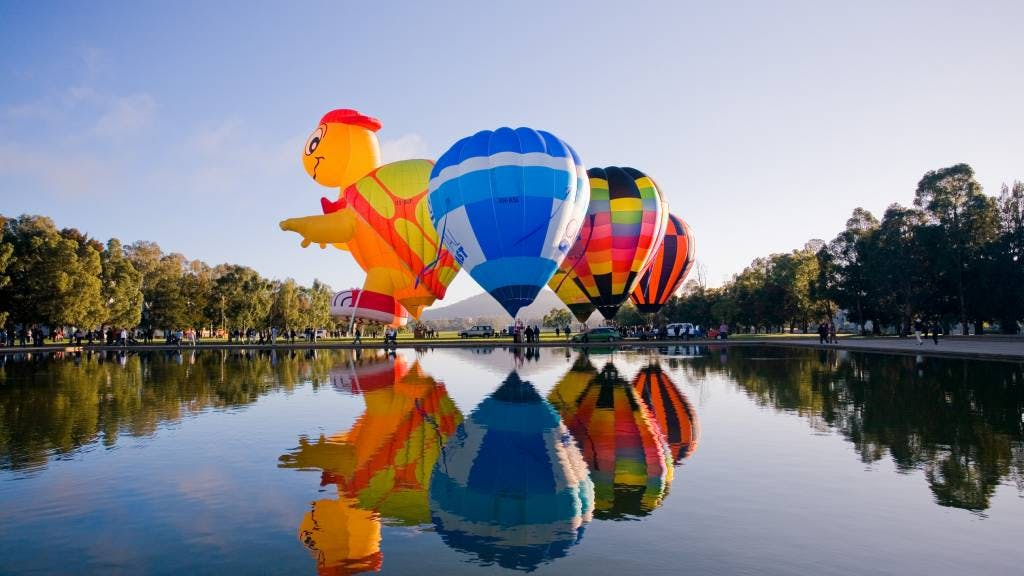 Balloons on the lake