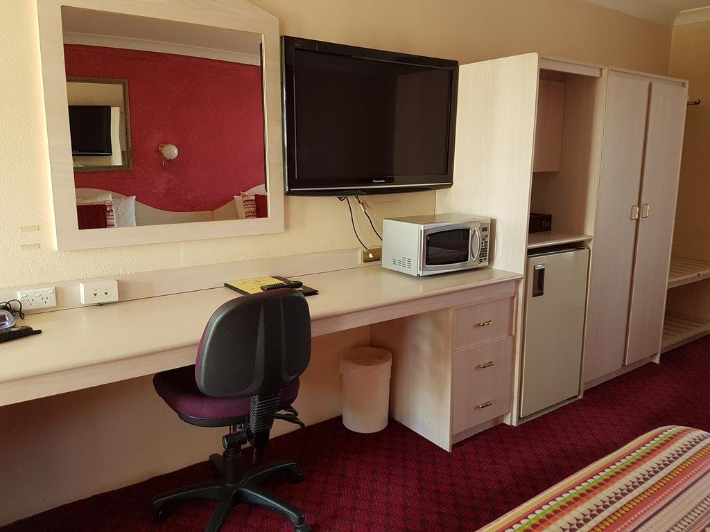 "All rooms have work desks and chairs, 42""TV, Crockery Cutlery, Microwaves, Ample tea and coffee varieties."