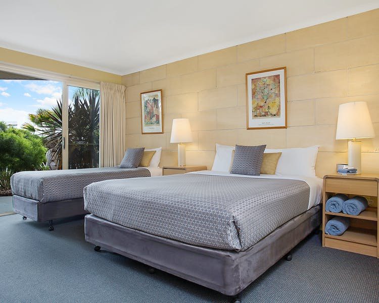 Portside Motel Port Campbell Deluxe Twin room