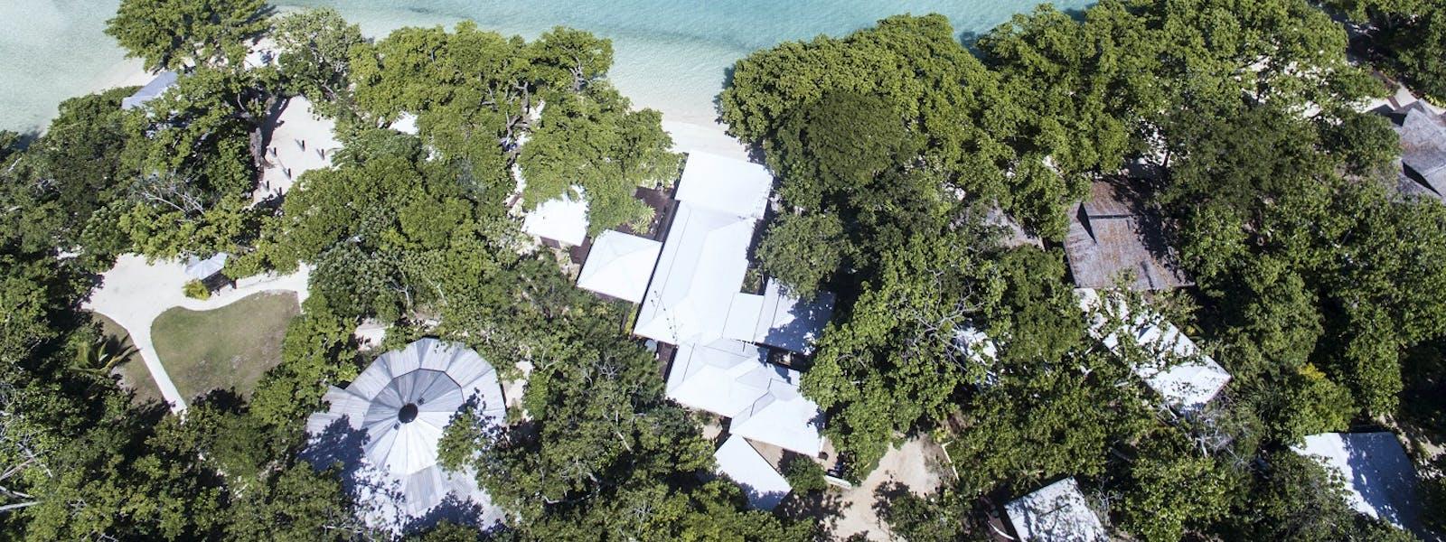 Home | Barrier Beach Resort