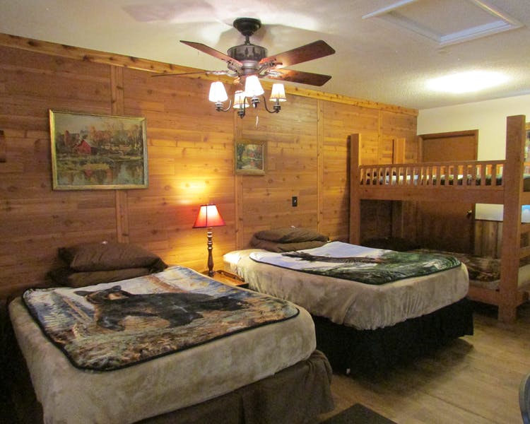 Photo of Best Bear Lodge luxury suite