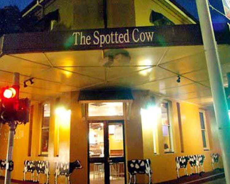 Spotted Cow Hotel and Restaurant