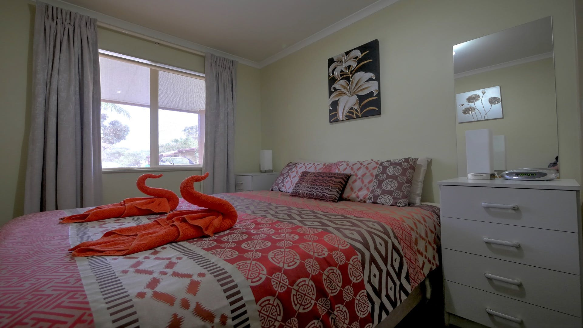 #Comfortable bedding with quality linen at Ficifolia Lodge Parndana