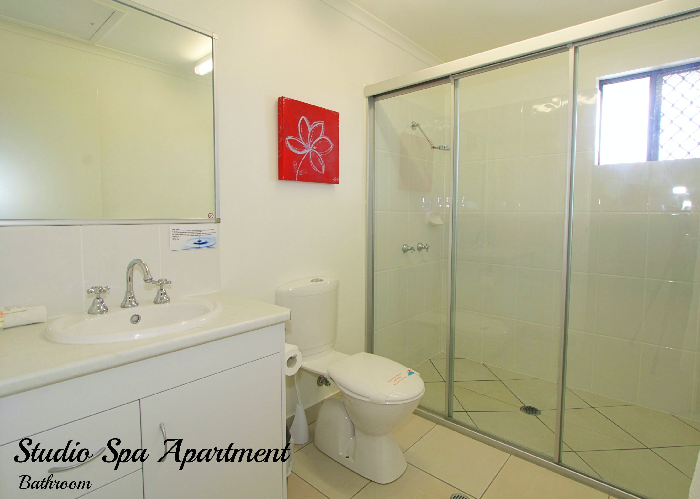 Studio Spa Apartment bathroom
