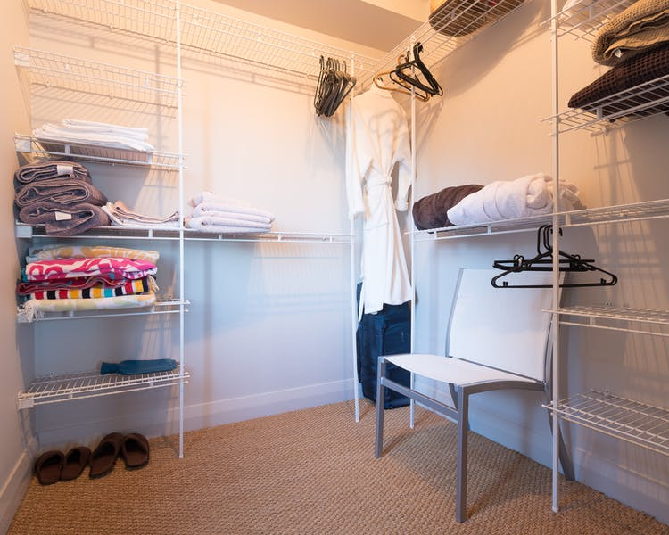 Waitata - Walk-in Wardrobe