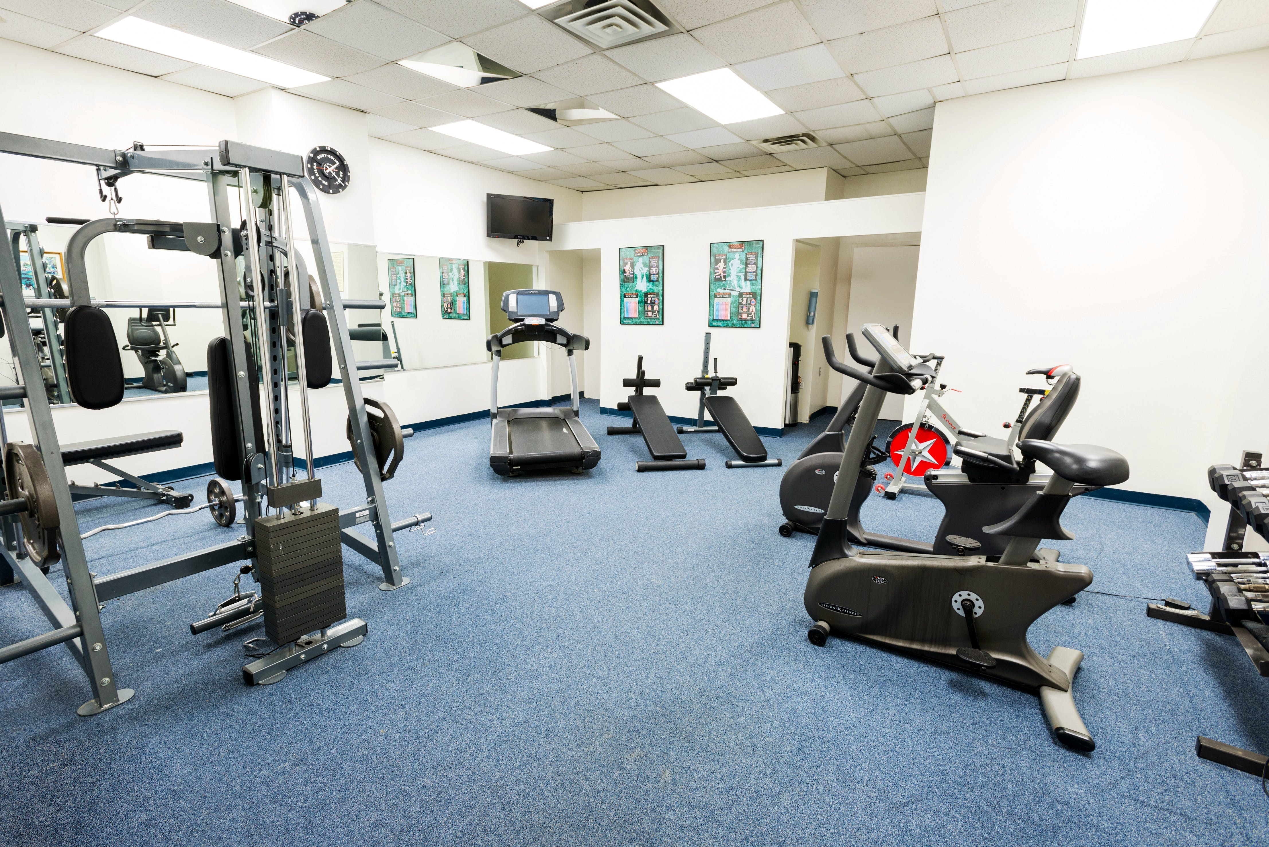 The Roslyn Hotel fitness center.