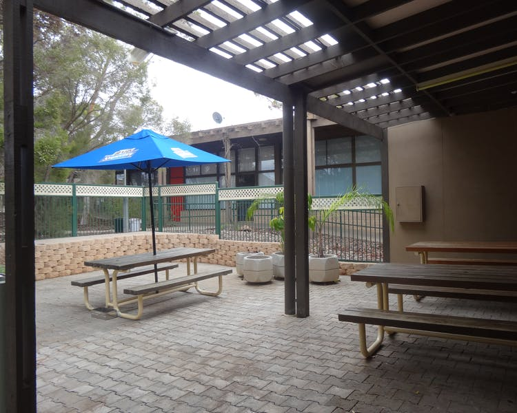 Leigh Creek Bar & Grill, Leigh Creek Outback Resort, Flinders Ranges accommodation