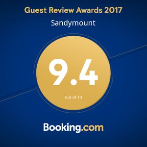 Guest Review Awards Rated perfect for couples rating it 9.4 for a two person trip. Couples in particular like the location