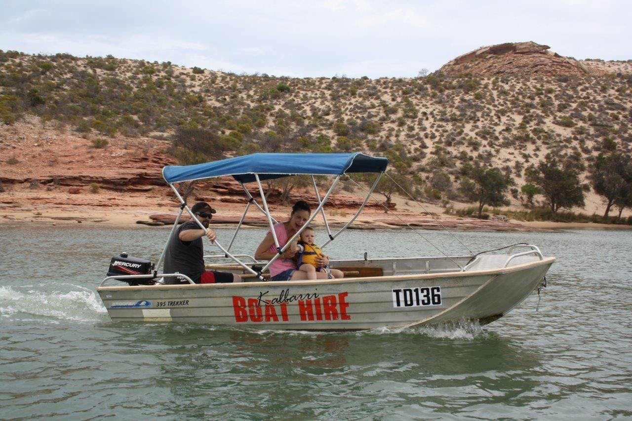 Kalbarri Boat Hire and visit the Murchison river