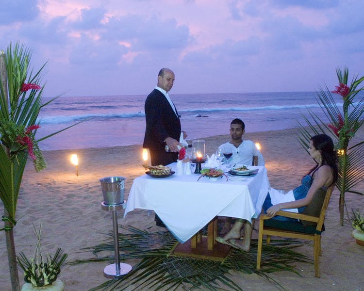 Romance Service Beach Candle-lit Private Dining
