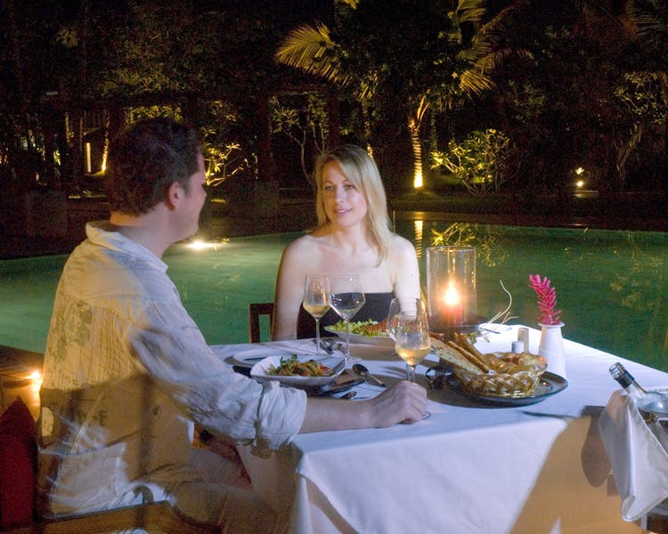 Intimate Dining Romance Private Dining