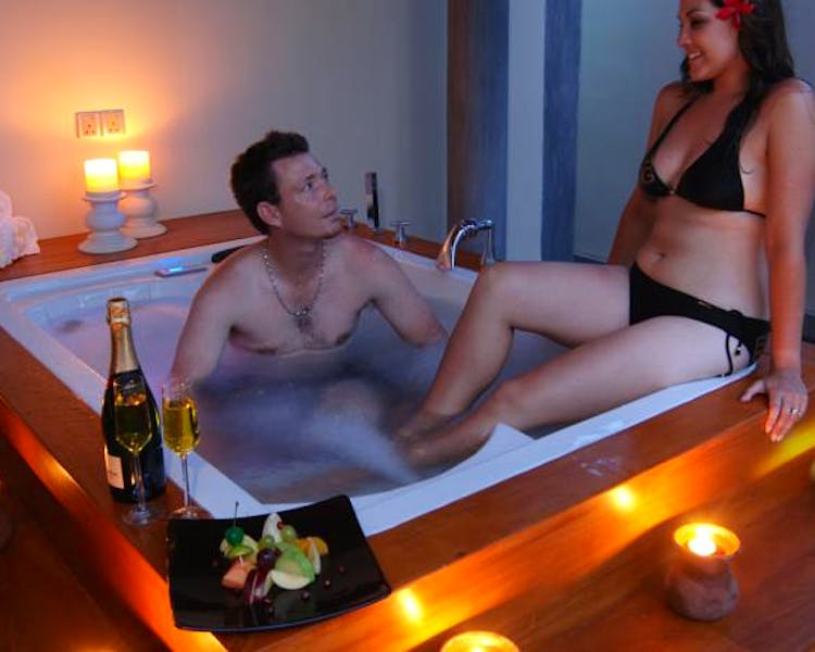Spa Couples Jacuzzi