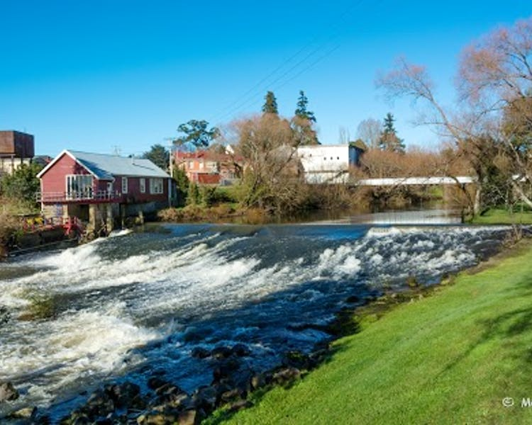 Meander River Deloraine. A great place to see while staying at Historic Blakes Manor