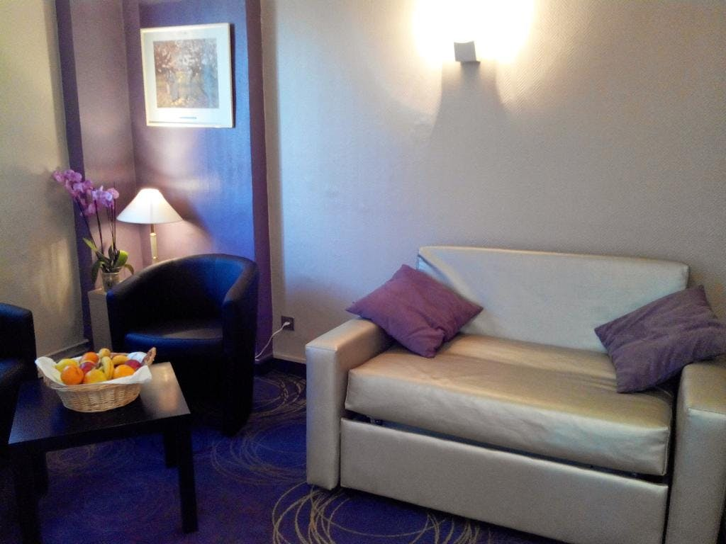 QUALITY HOTEL CHRISTINA LOURDES CHAMBRE SUPERIEURE