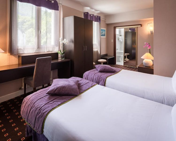 QUALITY HOTEL CHRISTINA LOURDES CHAMBRE TWIN SUPERIEURE