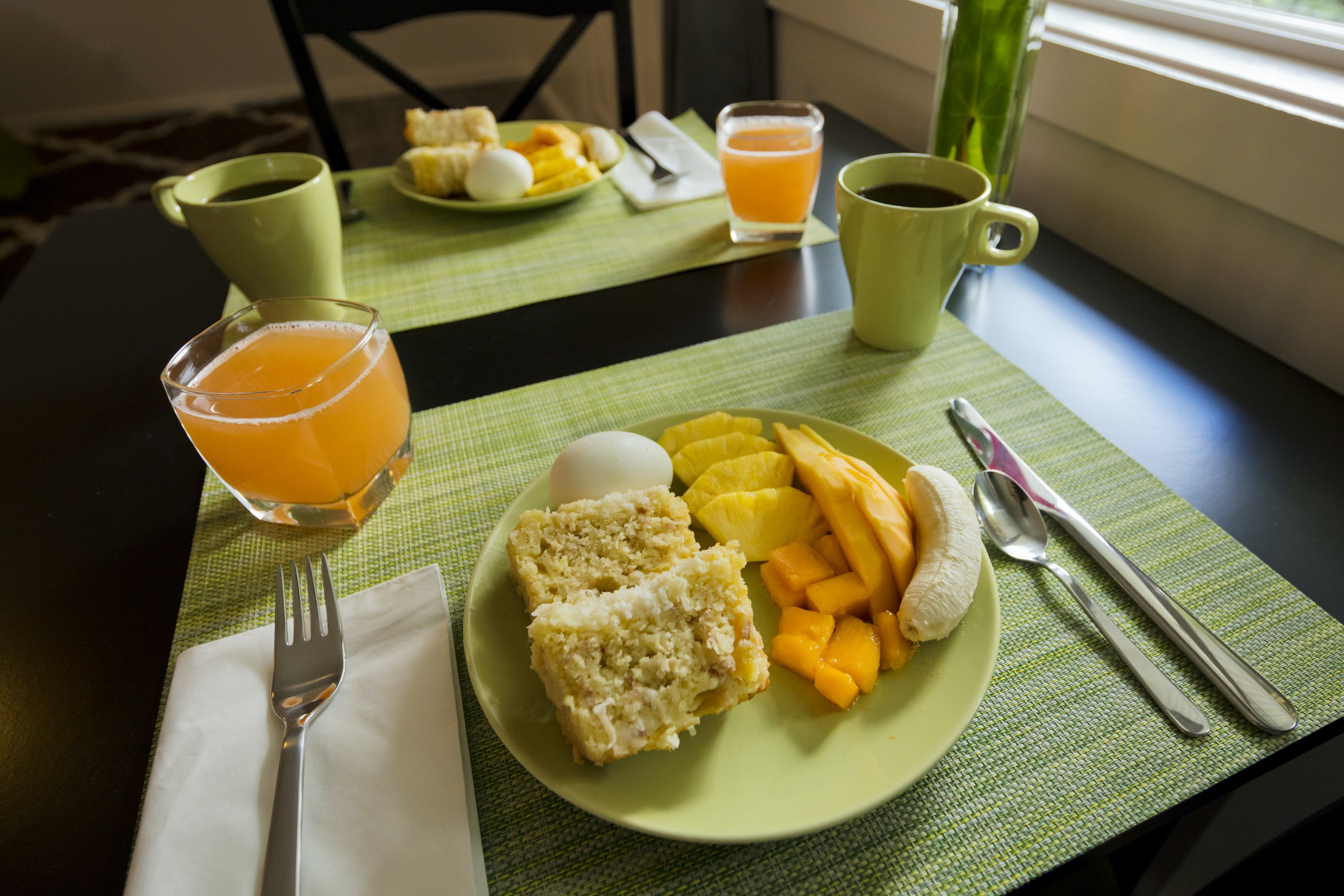 Tropical continental breakfast