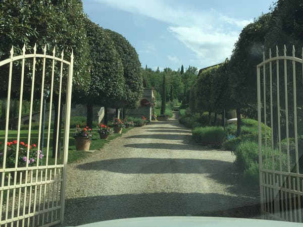 Casa Portagioia Tuscany bed and breakfast , Gates opening