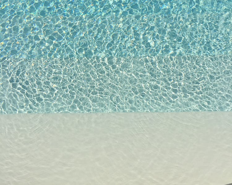 Case Portagioia. Relaxation by the large, crystal clean pool...