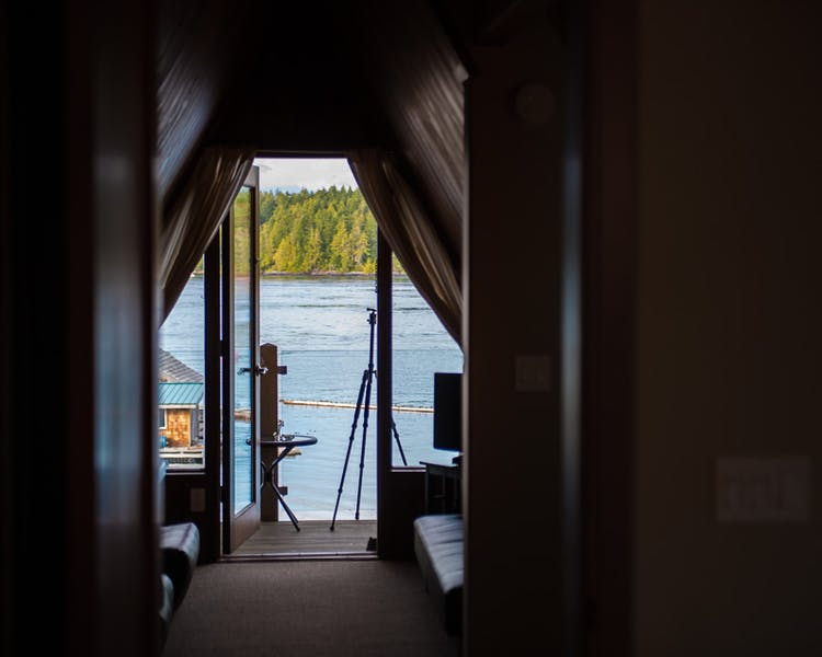 Cabin suite 2 views - The Shoreline Tofino boutique hotel
